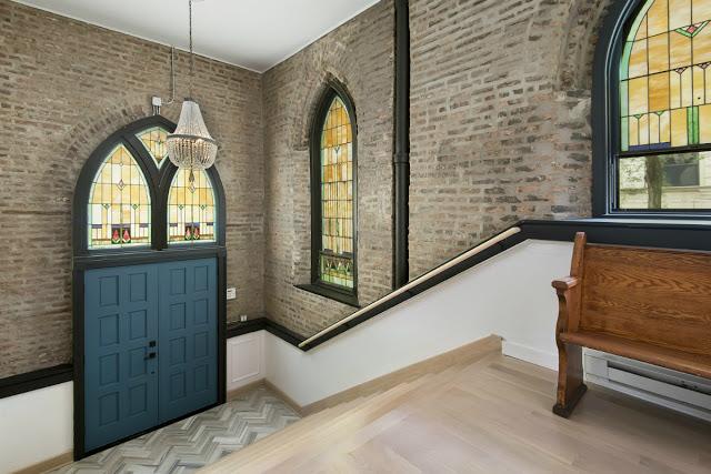 casa_en_una_antigua_iglesia_en_chicago_virlovastyle05