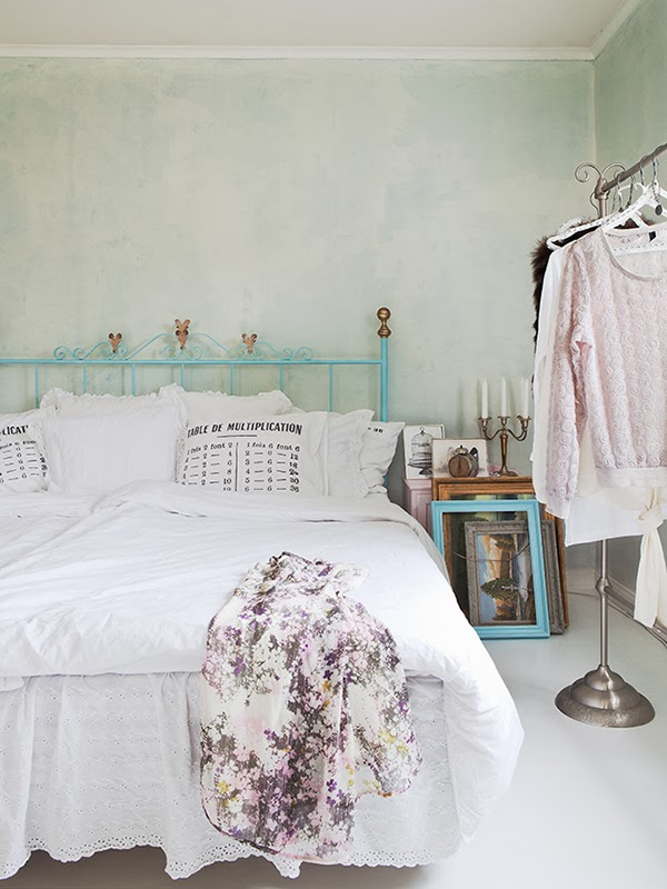 Vintage touches in a romantic bedroom