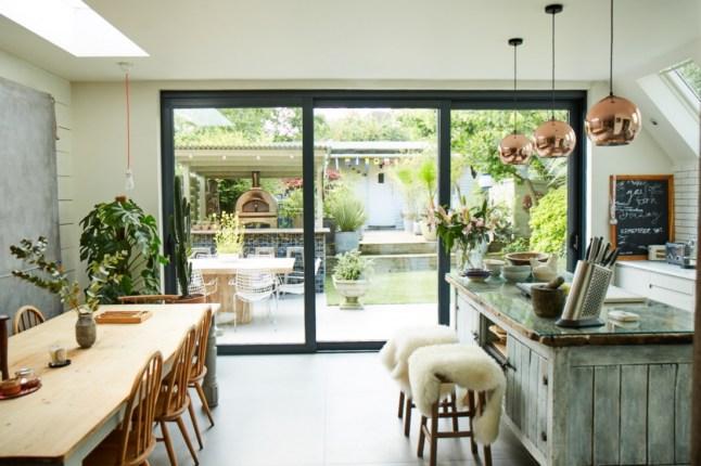 Deco una cocina abierta al jard n virlova style - Cocinas con salida al patio ...
