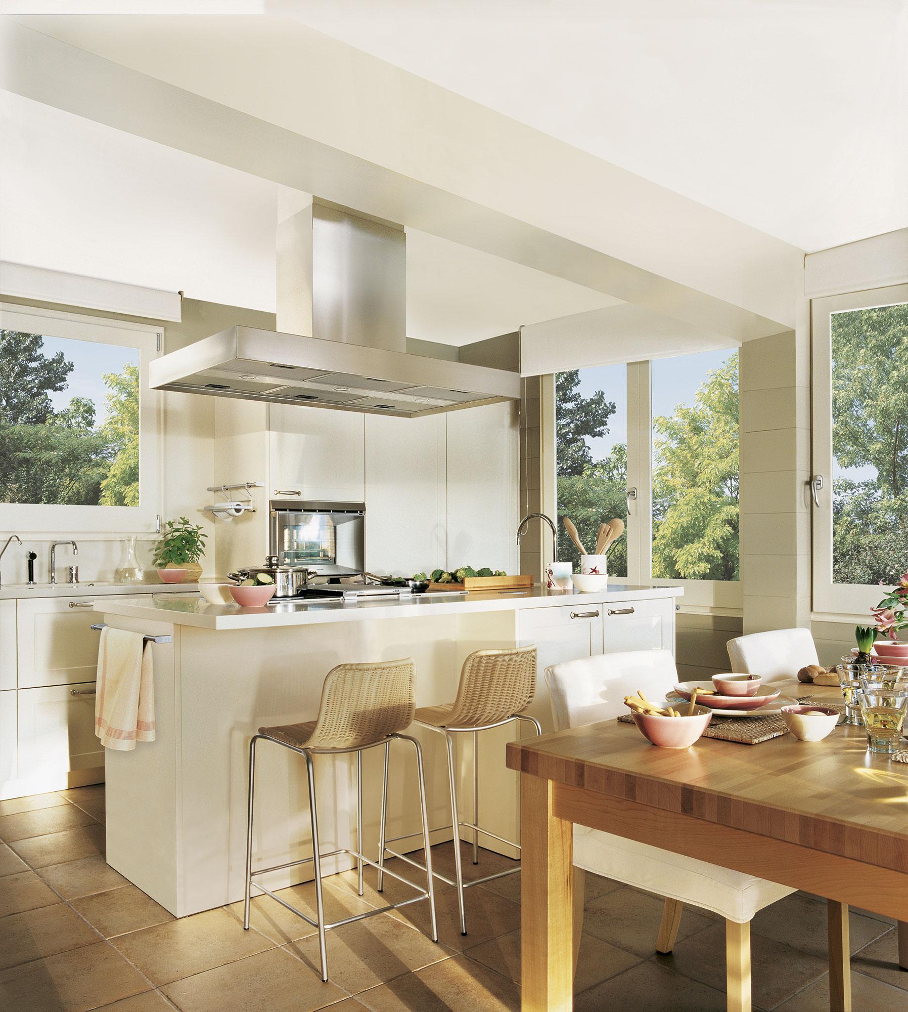 Decotips claves para ganar calidez en la cocina for Muebles de cocina para encimera