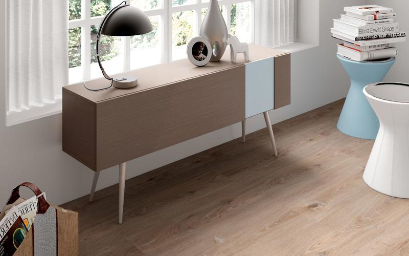 Como renovar el suelo de casa de forma econ mica virlova - Precio colocacion tarima ...