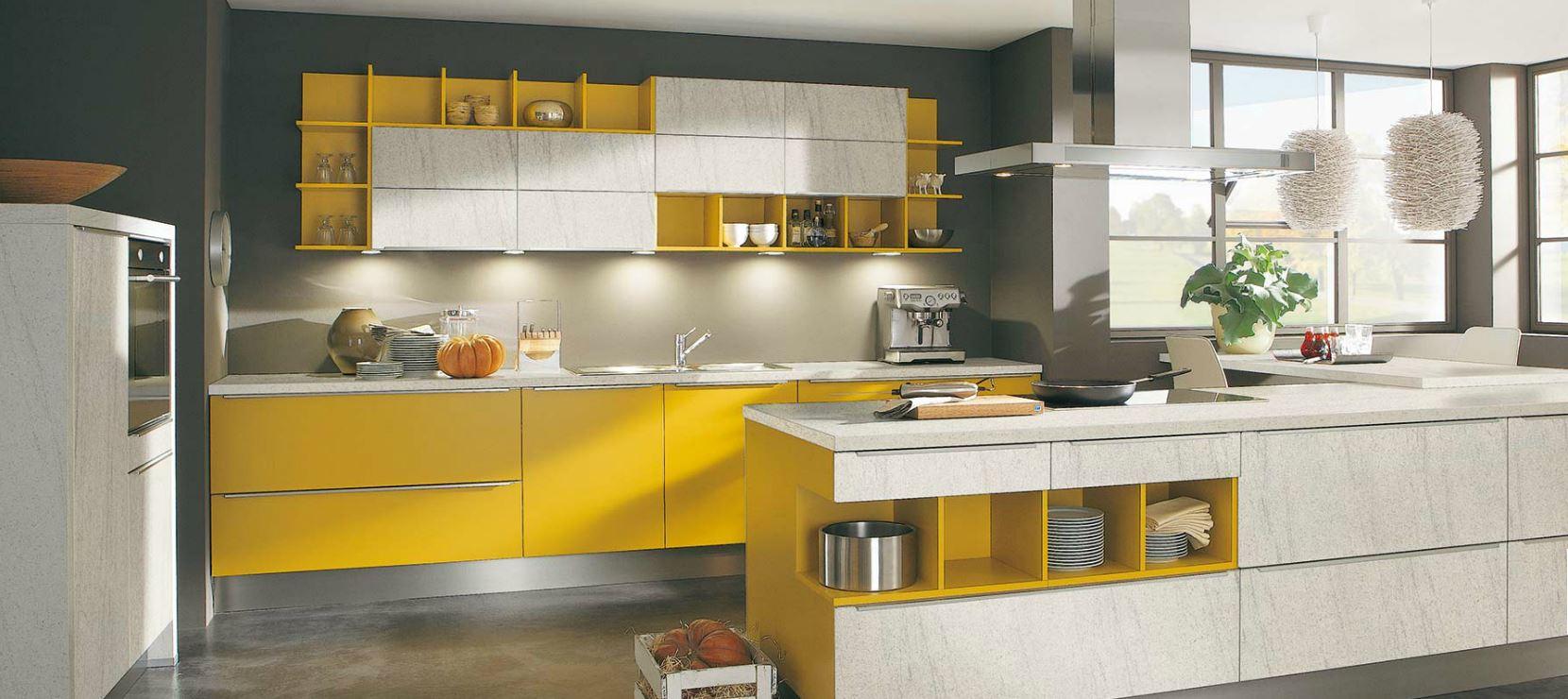 Cocinas de colores curvas y color en las cocinas moon de - Cocinas de colores ...