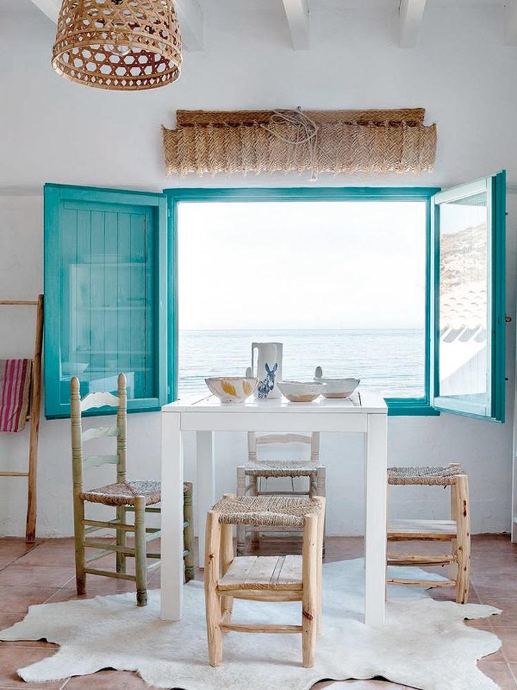Interior junto al mediterr neo y llena de luz virlova - Muebles estilo mediterraneo ...