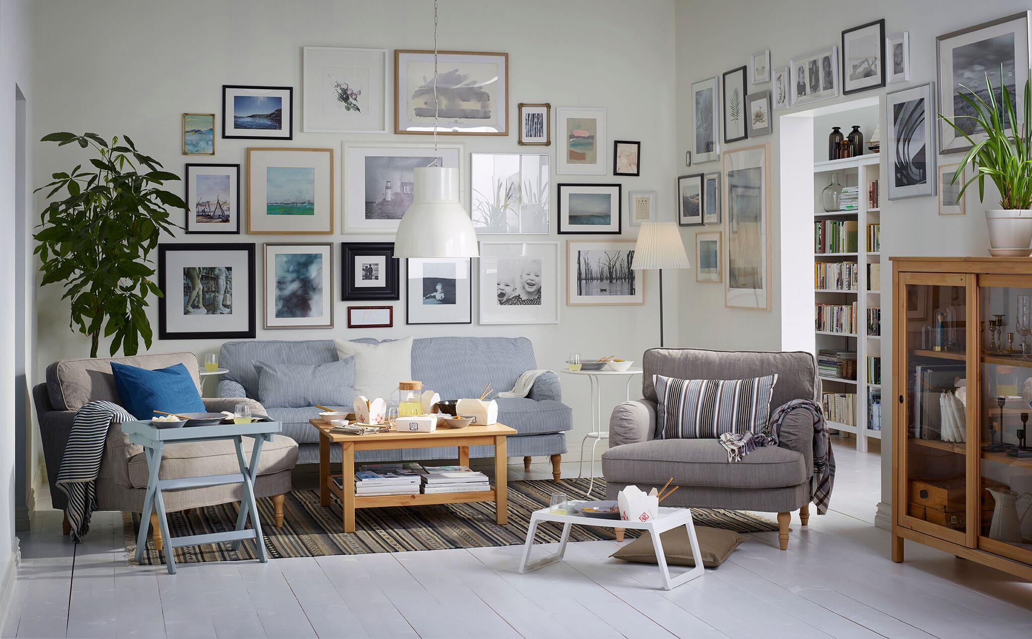 se presentan muebles tiles sencillos y que llenan de amplitud espacios pequeos ganando en almacenaje y
