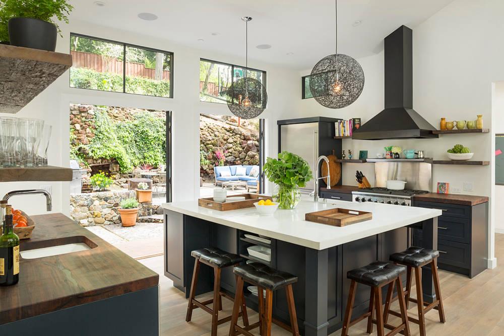 Decotips cocina abierta al jard n virlova style for Cocina abierta al salon o comedor