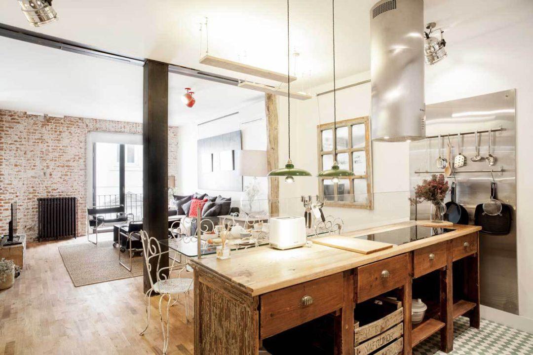 [Interior] Un hogar entre ladrillo, acero y madera - Virlova Style